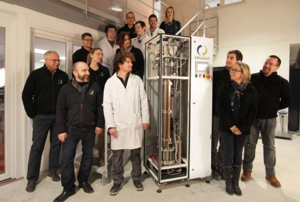 L'équipe de l'entreprise Ergosup, productrice de l'hydrogène vert